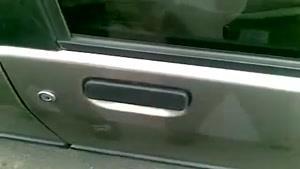 بازکردن درب ماشین در چند ثانیه