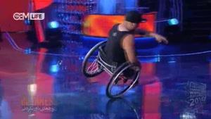 دور زدن روی یک چرخ ویلچیر
