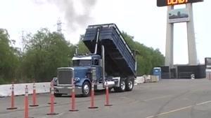 مسابقه پر کردن بار در کامیون