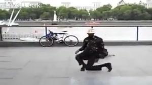 بیریک زدن در خیابان