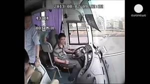 تصادف وحشتناک از تصادف اتوبوس و کامیون در چین