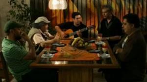 آواز خواندن محمدرضا هدایتی در شام ایرانی