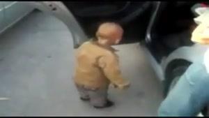 تکنو زدن بچه