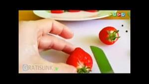 طراحی شکل با میوه(توتفرنگی)