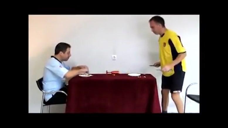 غذا خوردن فوتبالیست ها