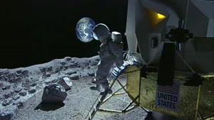 ورود اولین فضانورد خانم روی کره ماه