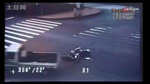 تصادف عجیب یک موتور سیکلت و زندگی دوباره