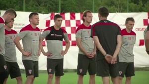 تمرین سرود ملی در اردوی کرواسی