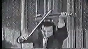 ویولن نوازی با سبک ابداعی