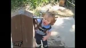 دخترک تشنه و شیر آب