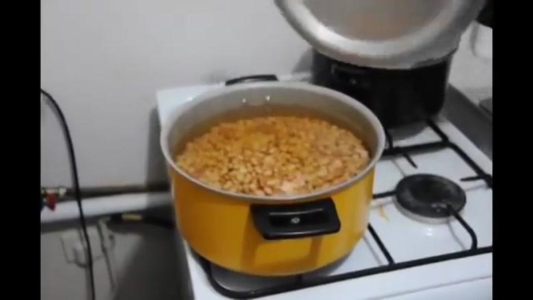 آموزش درست کردن خوراک قارچ و لوبیا