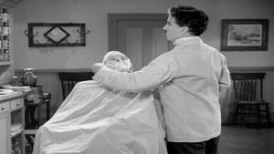 طنز زیبا و قدیمی چارلی چاپلین - آرایشگاه