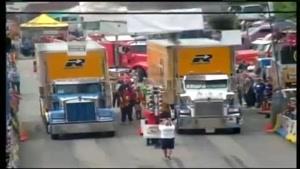مسابقه درگ دو تریلر با بار