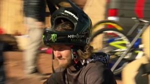 حرکت نمایشی و حرفه ای با دوچرخه - ردبول