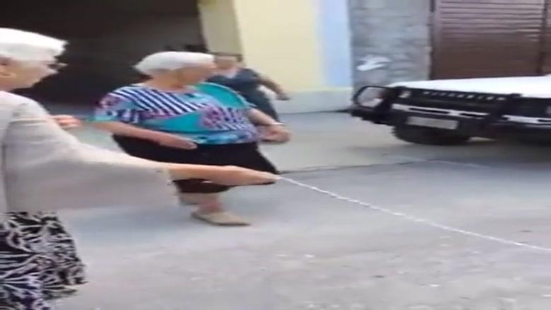 مادر بزرگهای جلب