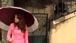 مزاحم شدن رضا عطاران به یک دختر خارجی