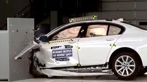 تست تصادف ماشین BMW