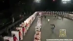 طویل ترین دومینوی انسانی