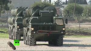 فیلم/ استقرار سیستم موشکی اس ۴۰۰ روسیه در سوریه