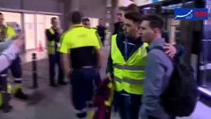 فیلم/ بازگشت تیم فوتبال بارسلونا به خانه بعد از پیروزی ال کلاسیکو