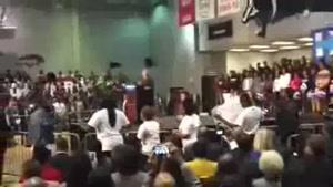 فیلم/تحریم سخنرانی هیلاری کلینتون از سوی سیاه پوستان آمریکا