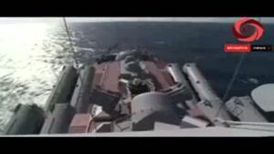 """فیلم/ناو  مجهز به سامانه دفاع هوایی """"فورت"""" روسیه در لاذقیه"""