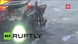 فیلم/ آتش سوزی در دکل نفتی جمهوری آذربایجان در دریای خزر