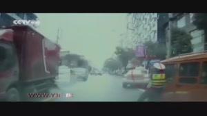 راننده متخلف با پلیس وظیفه شناس چه کرد؟