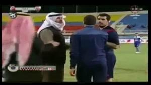 شیخ کویتی کتک مفصلی به داور زد