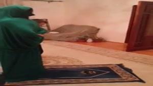 نماز خوندن این شکلی دیدید؟؟؟