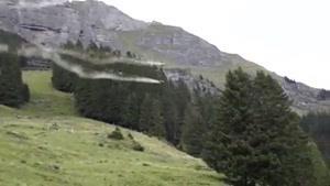 پرواز از اوج کوه های سنگی تا دشت سرسبز