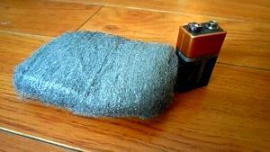 استفاده از باتری به جای کبریت !!!