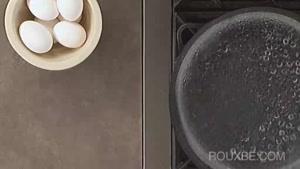 طرز تهیه تخم مرغ اب پز عسلی