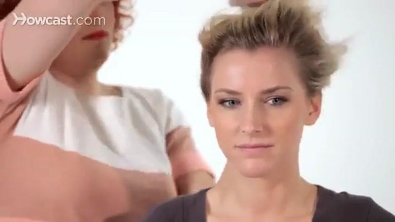آموزش شنیون موی ساده و زیبا