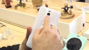 بررسی گوشی Asus Zenfone۲ در کنگره موبایل ۲۰۱۵