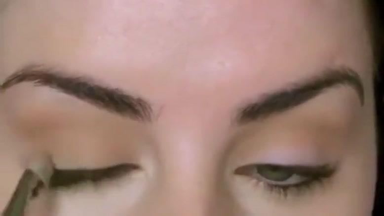 آموزش یک آرایش بنفش براق و زیبا