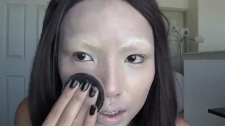 آرایش به شکل خون آشام