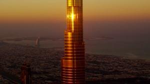 پرش آزاد از برج خلیفه - کیفیت ۴k