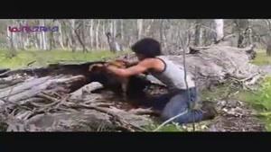شکار حیوانات وحشی بدون ابزار با دست خالی