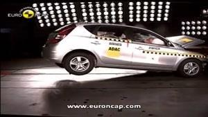 تست تصادف Hyundai i ۳۰