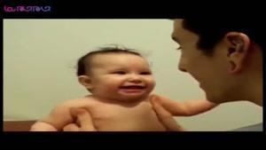 بچه از صدای باباش ترسید