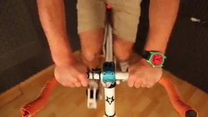 دوچرخه سواری مجازی در خانه
