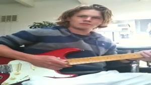 آهنگ تام و جری با گیتار