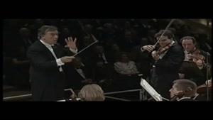 ویولن نوازی بسیار زیبا