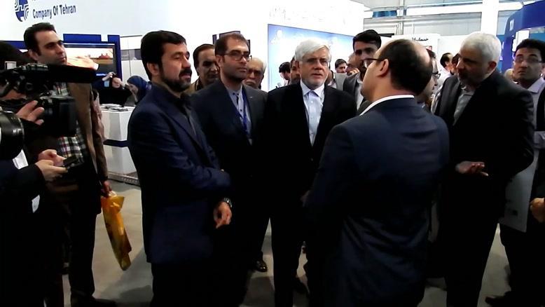 بازدید جناب آقای دکتر محمد رضا عارف از غرفه پیشتاز