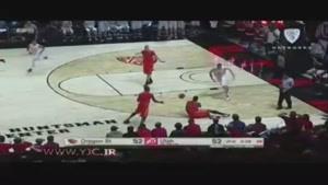 خطای عجیب بسکتبالیست بر روی داور