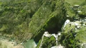آذربایجان غربی- آبشار شلماش.