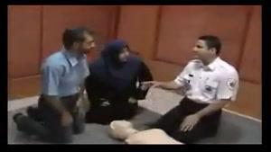 فقط در ۴ دقیقه احیای قلبی ریوی(CPR) را یاد بگیرید. تا روزی افسوس بلد نبودن آن را نخوریم...