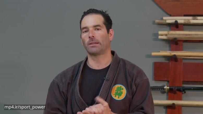 آموزش شمشیر بازی به سبک سامورایی