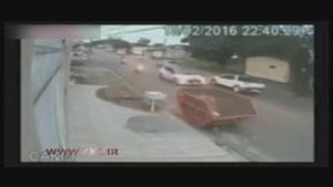 ۲ تصادف پشتسرهم مرد موتورسوار